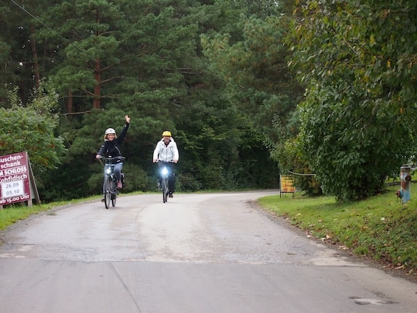 Travelling on our e-bikes in the Southern Burgenland district ...