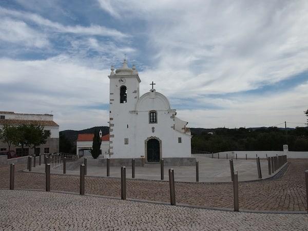 """Die Kleinstadt """"Aldeia da Querenca"""" im Hinterland von Loulé liegt nur rund 25 Kilometer von der portugiesischen Küste entfernt."""
