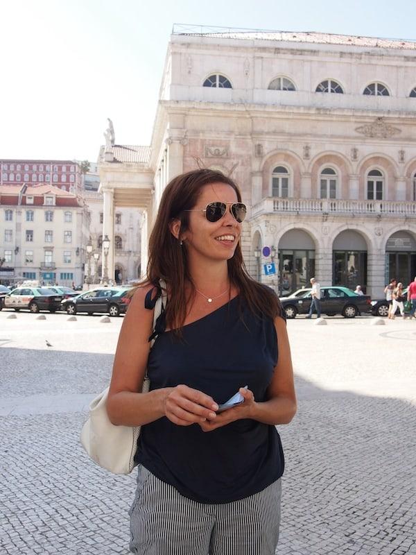 Zu Beginn des Rundgangs strahlt uns Filipa Valente, Initiatorin & Tour Guide von Taste Of Lisboa, freudig entgegen.
