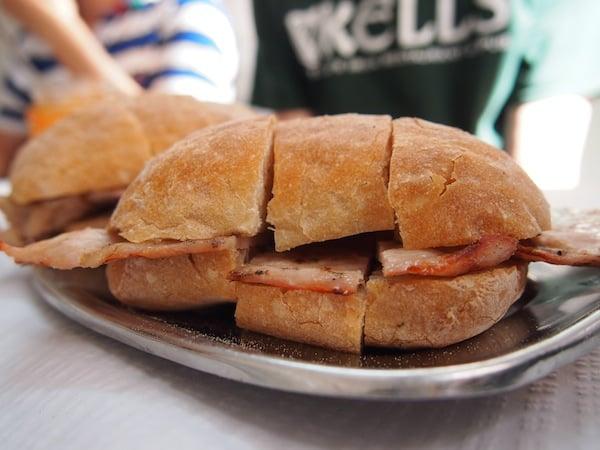 ... ganz zu schweigen vom saftigen anschließenden Sandwich ...