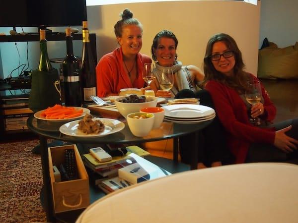 Danke auch Dir, liebe Gabriella, liebe Sonia, für die spontane Einladung in ein Haus voller Geschichte & guter Weine! Jetzt freue ich mich wirklich schon sehr auf unsere nächste Begegnungen bei der Digital Wine Communications Conference in Montreux in der Schweiz!