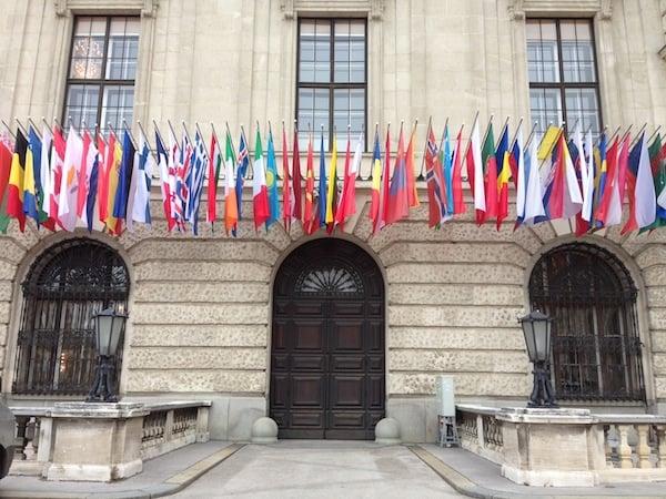 Herzlich Willkommen: Das Ambiente der Wiener Hofburg lädt nationale wie internationale Gäste zum Meinungsaustausch in imperialer Atmosphäre.