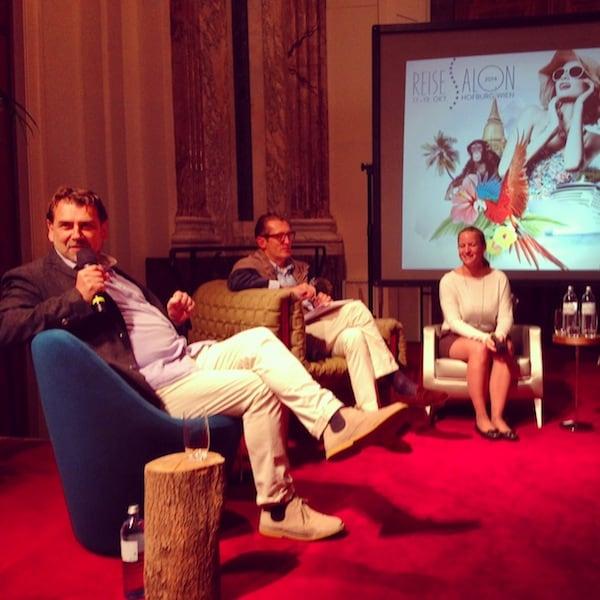 Peter Agathakis, unser Talkmaster von ORF Radio Wien wie er leibt & lebt - und die Diskussion beim Salongespräch auf herzliche & kompetente Art und Weise managt.