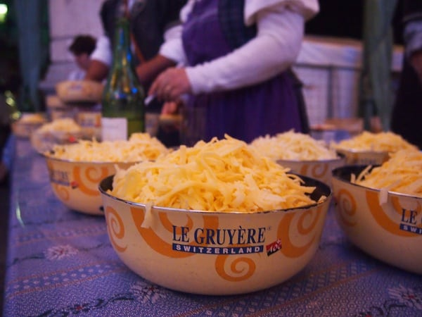 The fun continues at night, as we are spoiled to a real Swiss cheese fondue featuring famous Gruyère & Vacherin cheese varieties ...