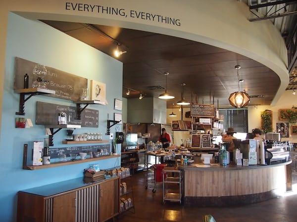 Auf so viel spannende Gedanken, Meinungsaustausch & kreativer Schaffensfreude folgt erst einmal ... ein weiterer Kaffeehausbesuch! :D