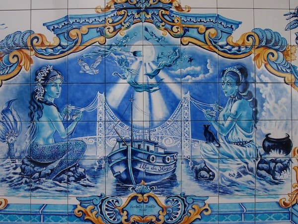 "Riberão district welcomes us with these beautiful, painstakingly elaborate blue tiles called ""Azulejos"" that have been hand-painted by an artist friend of Roze, Jesus Limes Fernandes. Truly worth seeing!"