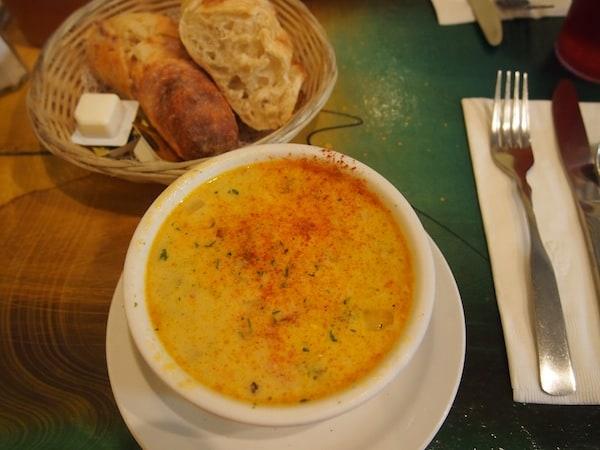 Meine Chili-Mais-Creme-Suppe schwebt mir noch heute vor ... Danke an das Team des Back Street Bistro für diesen köstlichen Lokaltipp hier in Santa Fe!