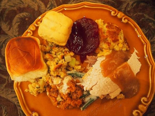 Das Essen ist einfach köstlich ... VIELEN DANK für diese wunderbare Einladung !!!