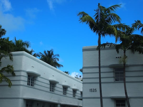 We continue our way through the Art Deco district just off Lincoln Avenue in South Beach Miami ...