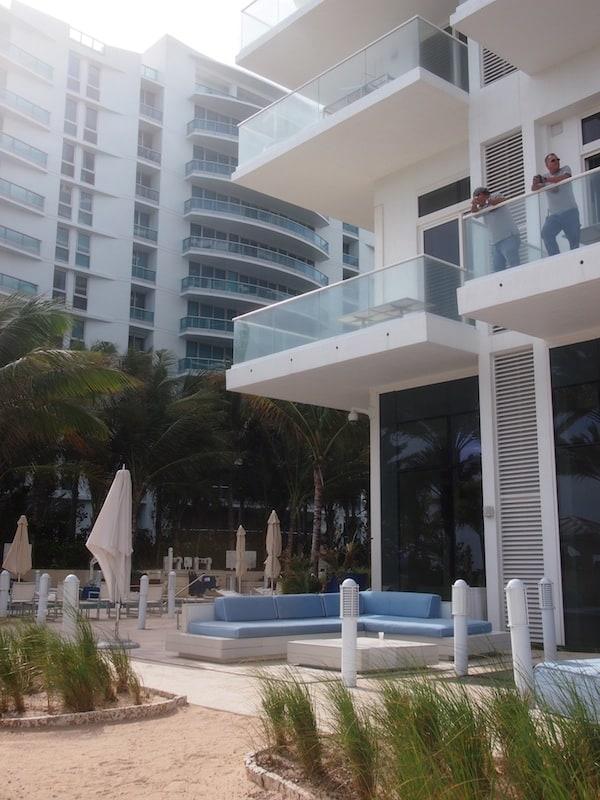"""Welcome to Miami , Bienvenido a Miami"", klingt mir Will Smith's Ohrwurm MIAMI immer noch in den Ohren. :)"