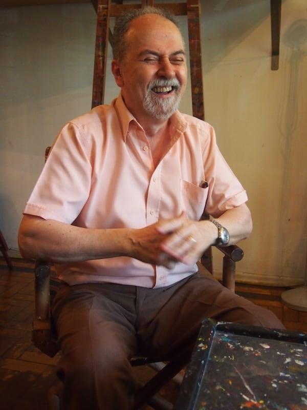 """""""Britto Velho"""" ist ein herzensguter Mensch, der es trotz (oder gerade wegen?) seiner über 70 Jahre ungemein liebt zu scherzen ... Ich genieße das Gespräch mit diesem bemerkenswerten Künstler Porto Alegres."""