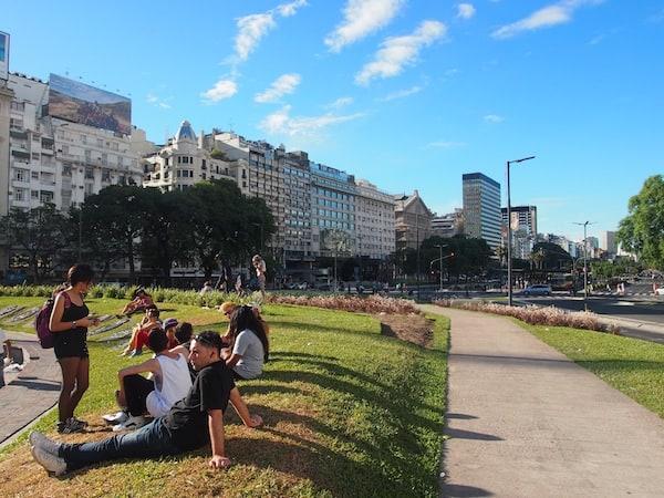... sowie, natürlich, den Jugendlichen der Stadt! Viva Buenos Aires.!