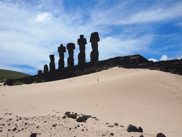 ... sowie die ewig faszinierenden Moai.
