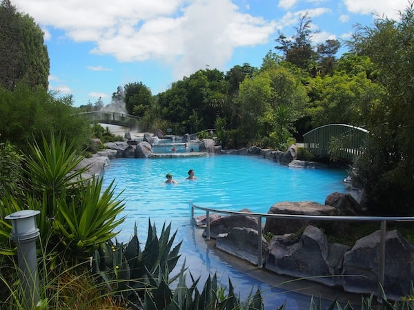 ... as spotted at the Wairakei Terraces just north of Lake Taupo & Taupo City!