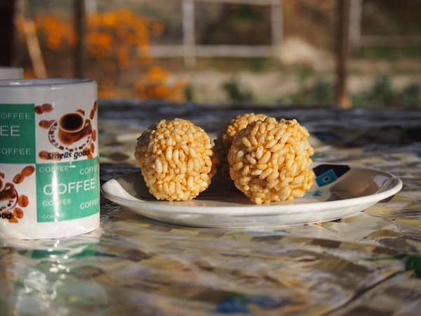 Or how about sweet rice balls with coffee for breakfast on a peaceful deck terrace on a sunny winter morning?