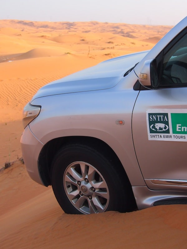 Three days into my travel time of Sharjah, we embark on an adventure of a kind: A real desert safari ...