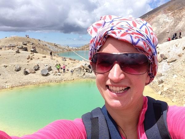 """... Ngahuia, die mir dank ihres eigenen Tour-Unternehmens eine einzigartig schöne Wanderung über die Vulkanlandschaft des """"Tongariro Crossing"""" beschert!"""