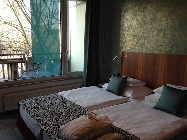 ... nach dessen Genuss es sich gut & wohlverdient in die schönen Zimmer des Hotel Capricorno fallen lässt!