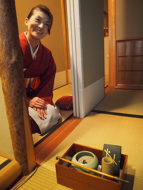 This lady, too, welcomes me into her Kanazawa house a little later, introducing me to the protocol and ceremony of the Japanese tea culture.