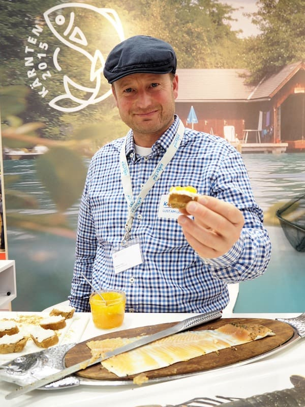 Not far away, Carinthian fisherman Markus Payr gives out delightful fish tapas from back home, promoting Carinthian lakes & rivers as a gourmet destination to travellers worldwide.