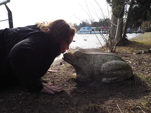 Wo Gesa recht hat, hat sie recht: Naturgenuss am Scharmützelsee - Janett versucht's mit etwas eigenwilligen Methoden ..!