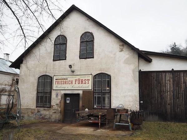 Seit gut 500 Jahren steht die Zwettler Schmiede hier am Hammerweg der Stadt Zwettl ...