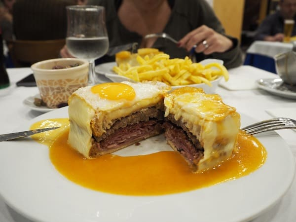 ... we love our Francesinha typical Porto sandwich, filled with all things calories you can only imagine. Once (or twice) in a lifetime, I guess it is OK for me though ...!
