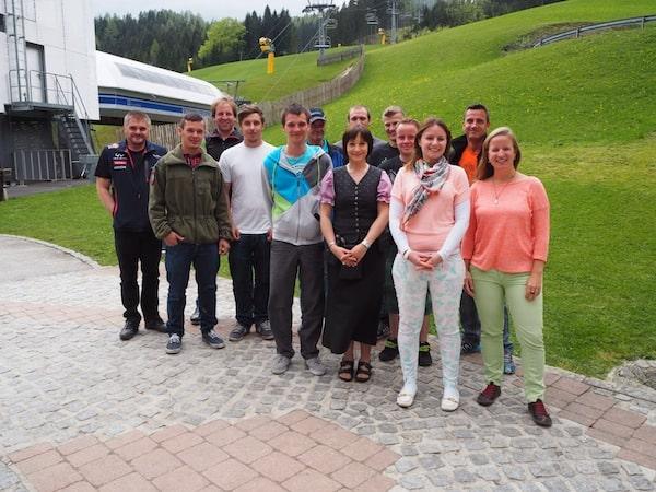 … sowie die Freude beim Unterricht & gemeinsamen Sprachtraining mit dem Team der Gemeindealpe Mitterbach: Danke Euch allen für das tatkräftige Mitmachen!