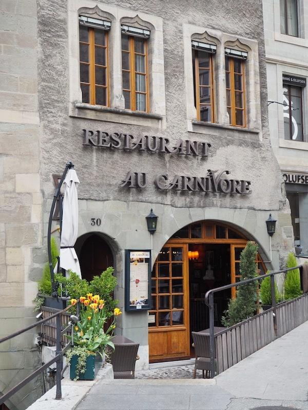 Ein Restaurant neben dem anderen ...