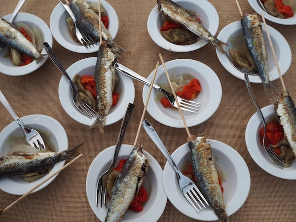 ... enjoy some typical local food (I miss it already ...!) ...