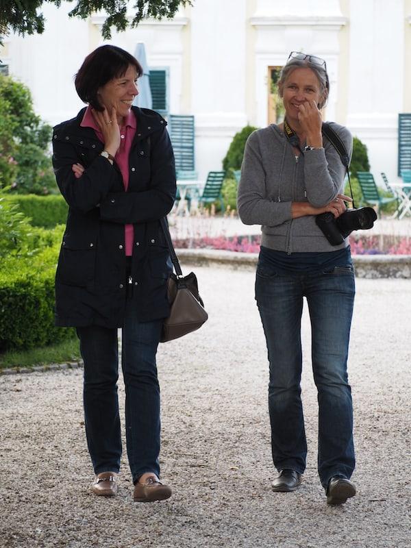 … oder dem gemütlich-heiteren Austausch mit der Besuchsleiterin des Stift Zwettl, Frau Eva Fallmann (hier links) ...