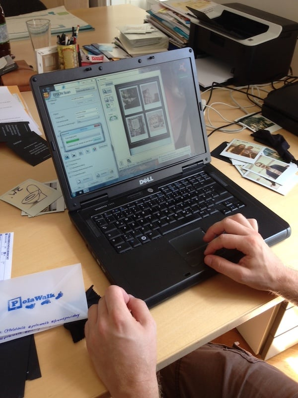 ... und Thomas zeigt uns, wie er selbige Fotos noch rasch über den Computer bearbeitet ...