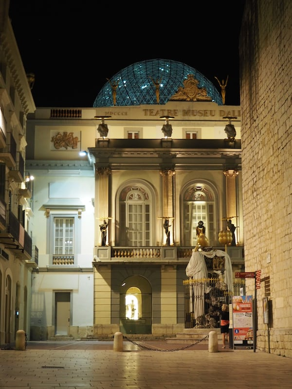 "… who have come to enjoy his birthplace, as well as the chosen place for his unique, world-famous ""Teatre-Museu Salvador Dalí"" in Figueres ..."
