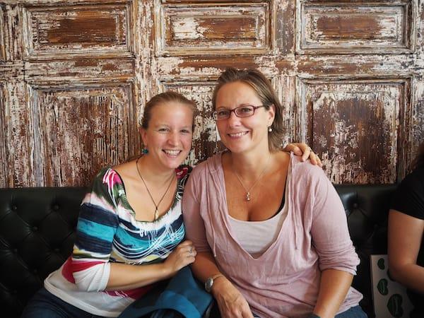 Wieder vereint (und wieder unterwegs!) mit meiner lieben Angelika Mandler vom namhaften österreichischen Reiseblog Wiederunterwegs.com!