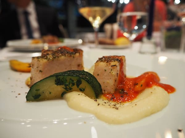 … und Köstliches aus der Region rund um Portoroz: Abendessen im wirklich feinen Hotel-Restaurant des Grand Hotel Portoroz.