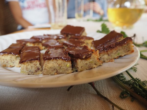 Vom selbstgemachten Zucchini-Kuchen träume ich heute noch ...!