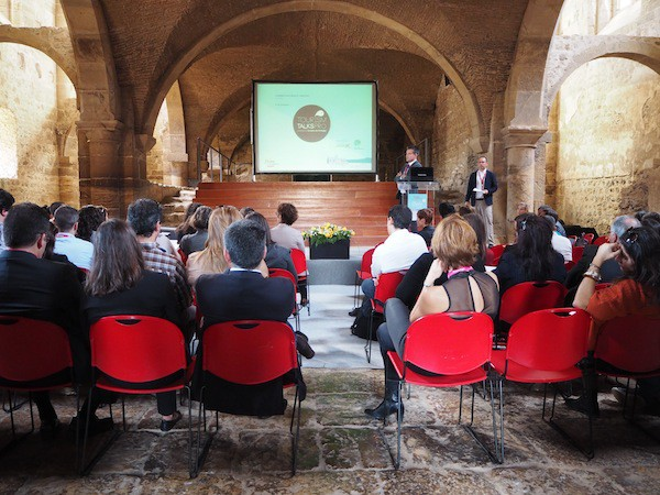 Giving my speech at Turismo de Portugal's Tourism Talks Pro …