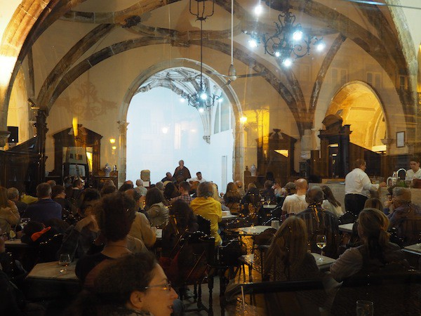 Fado is literally omnipresent, such as at this café …