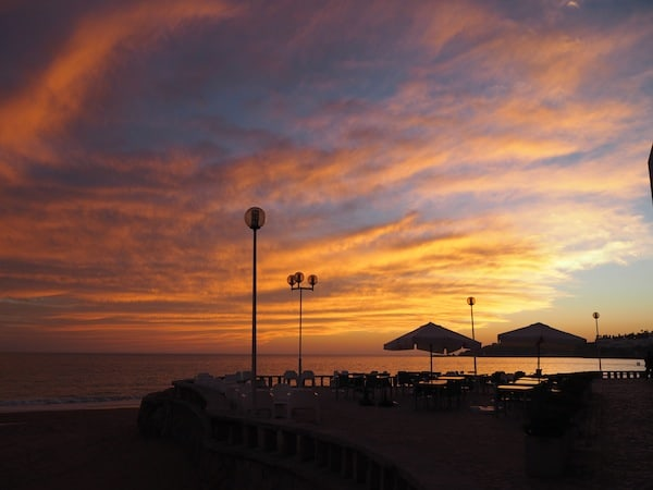 … evoke the beach time sunset magic here in beautiful Albufeira, some 30 minutes' drive from Faro.