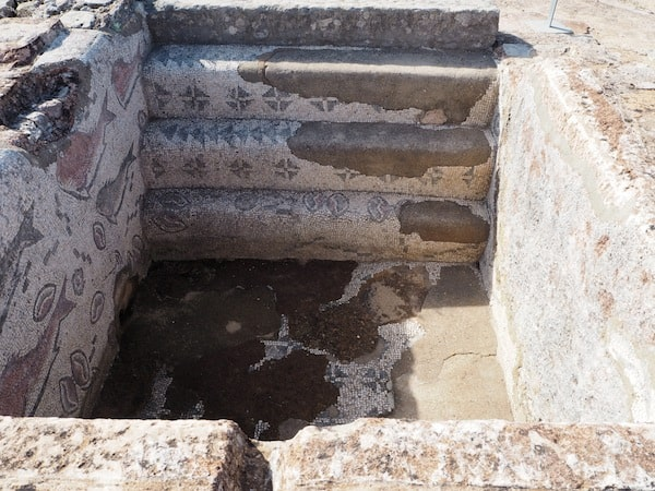 Excavations date them at around 200 - 400 years AD, meaning those mosaics are more than 2.000 years old .. Impressive!