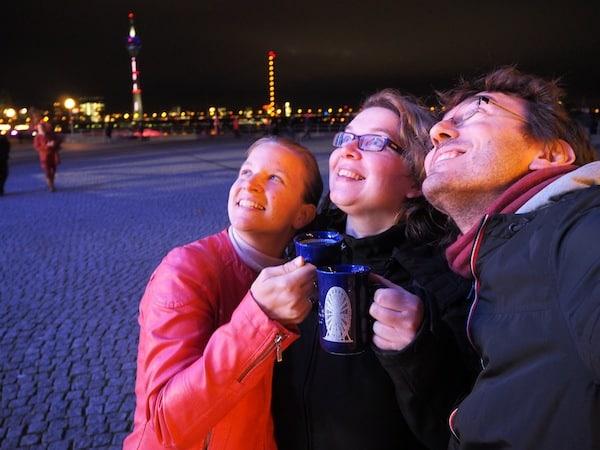 … sowie der ersten Glühweinrunde am Rhein natürlich nicht fehlen.!