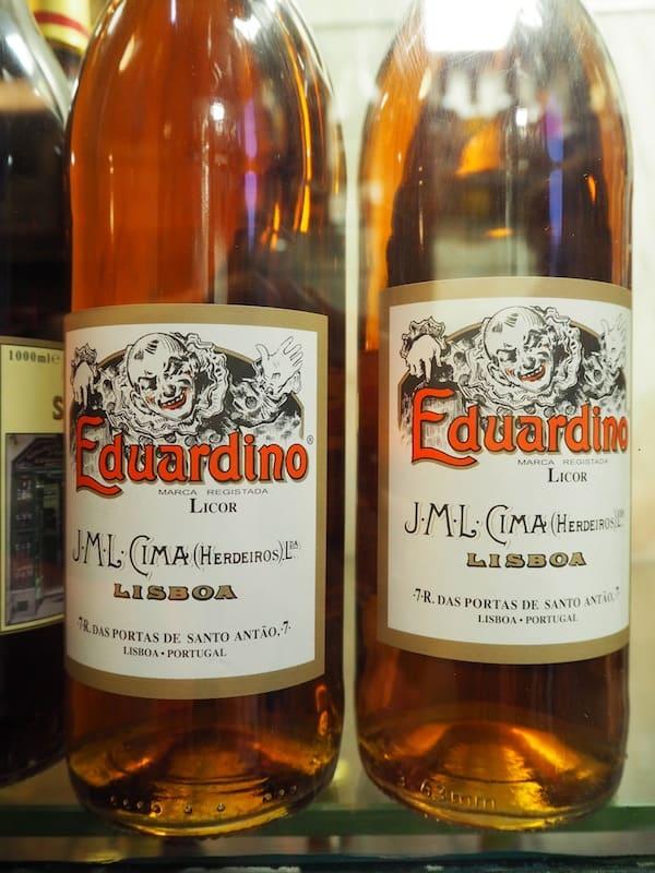 """… und seinem süßen Nachbarn, """"Eduardinho""""."""