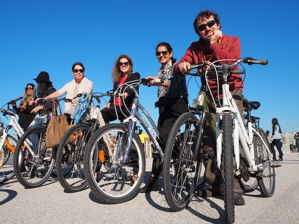 ... a beachside bike ride with my fiends in Porto!