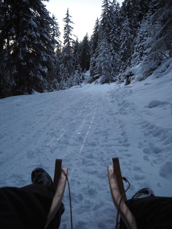 """… """"zieht"""" das Eis auf dem Schnee erst so richtig an und sorgt für den nötigen Speed!"""