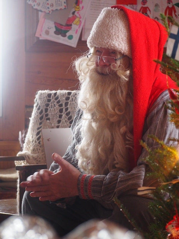 … especially as we become wrapped up in the spell of meeting (the real!) Santa Claus in his very own home in Pohjolan Pirtti.