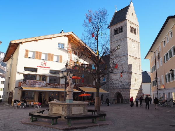 … bedeutet dem alten Marktplatz der Stadt ...