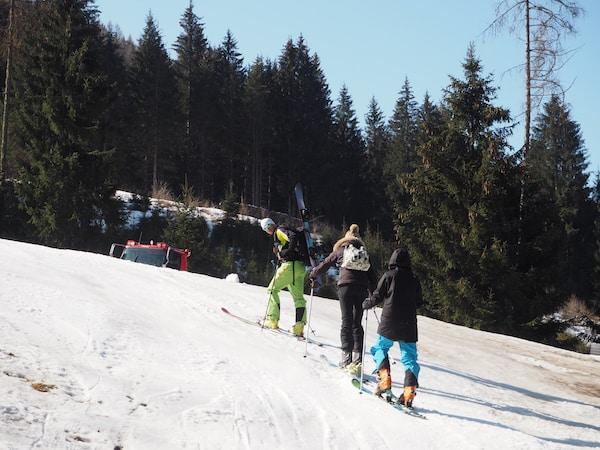 … leider schon bald umkehren: Ich habe mir jedoch vorgenommen, das Skitouren-Gehen bei besseren Bedingungen und auf flachen Strecken erneut auszuprobieren!