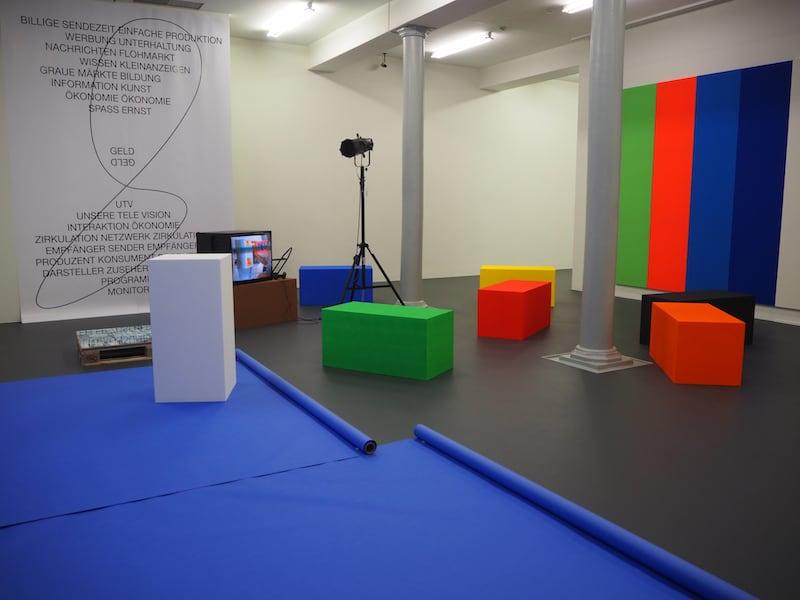 """Die Ausstellung """"Abstrakt - Spatial"""" selbst ..."""