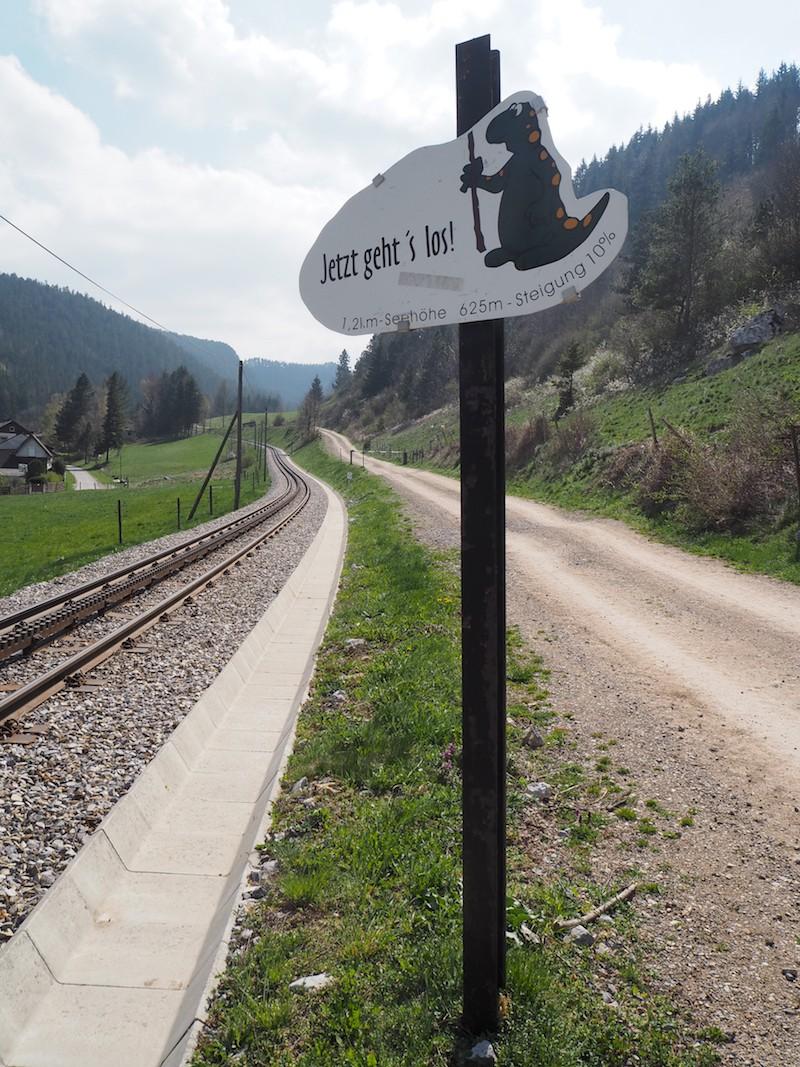 """""""Jetzt geht's los"""": """"Off we go"""", in Puchberg am Schneeberg!"""