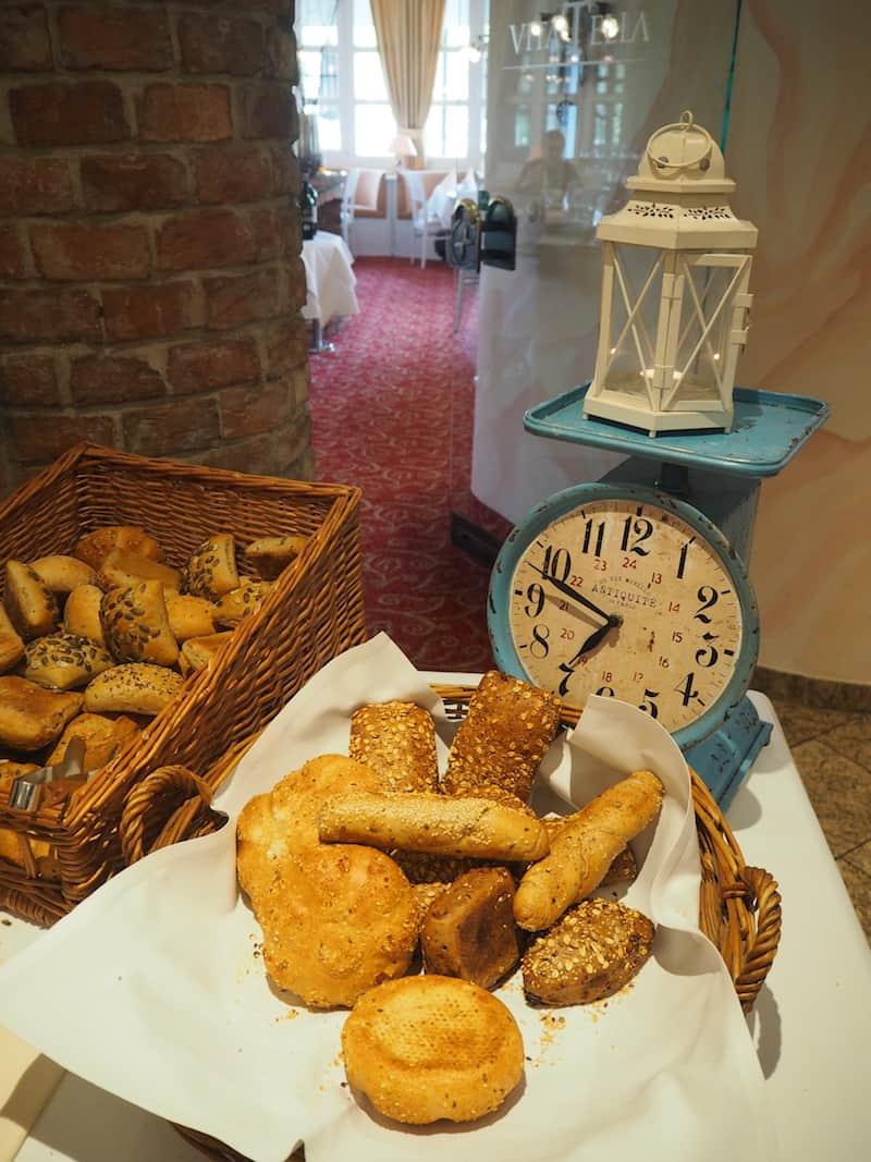 Frühmorgens am Vila Vita Pannonia-Frühstückstisch ...